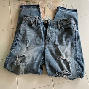 Hollister Boyfriend High Rise Jeans
